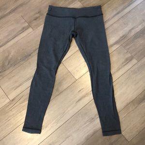 Well-loved Lululemon mid-rise leggings